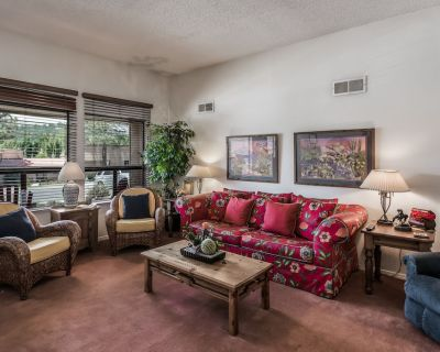 Tee up for Vacation Fun! With a Covered Patio Overlooking the 10th Fairway on th - Ruidoso