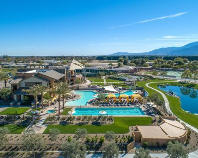 Palm Desert Oasis: 2bed/2bath small dog friendly home in Trilogy @ The Polo Club - Indio
