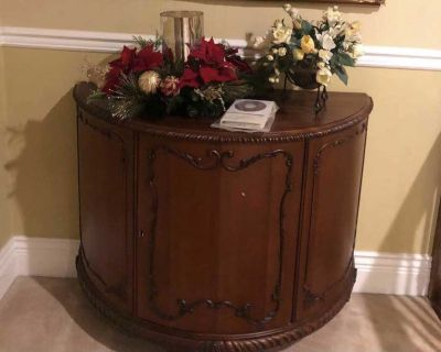 Wood console cabinet
