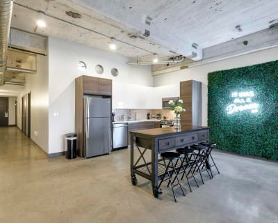 Loft Space in Downtown Dallas with Skyline views, dallas, TX