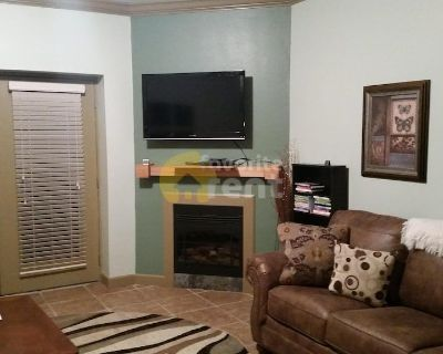 Smoky mountain 3 bed 2 bath condo in Pigeon Forge
