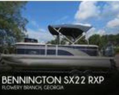 22 foot Bennington 22SSRXP ELITE