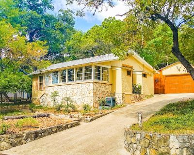 Bright And Comfy Home In The Eclectic, Antique Methodist Encampment Neighborhood - Kerrville
