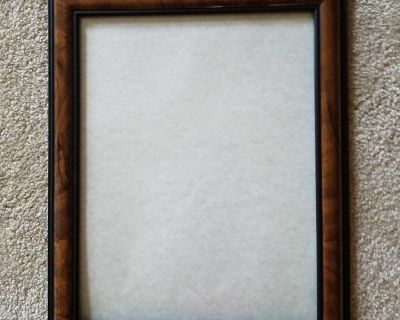 8.5x11 picture frame