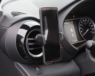 AutoGuide Tested: The Kenu Airframe Pro Smartphone Vent Mount