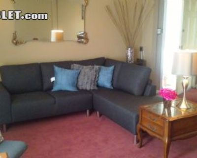 $5600 3 single-family home in Ingleside