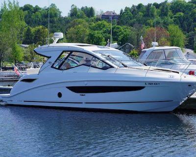 2018 Sea Ray 350 Sundancer Coupe