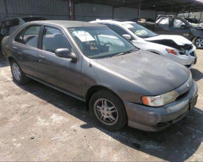 Salvage Gray 1999 Nissan Sentra