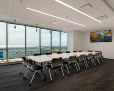 Private Meeting Room for 20 at e|spaces Orlando