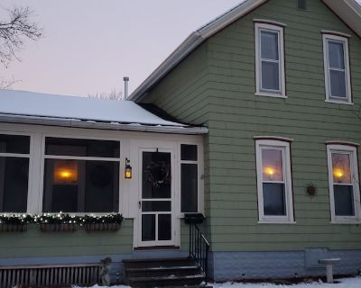 Entire house rental - Winona