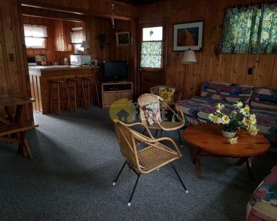 Classic Dewey Beach cottage 2 Br 1 Ba