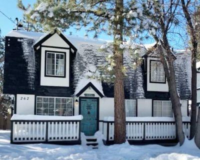 Cozy 3 bed/2 bath, newly renovated cabin, sleeps 8 - Sugarloaf