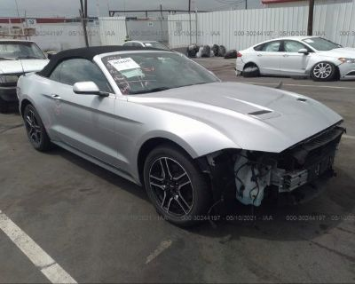 Salvage Silver 2018 Ford Mustang