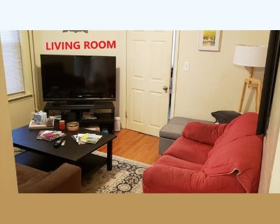 Room for rent in Webster Street, Jeffries Point - 1 Bedroom Available $975, Sep 1st, 2021 (Females ONLY)