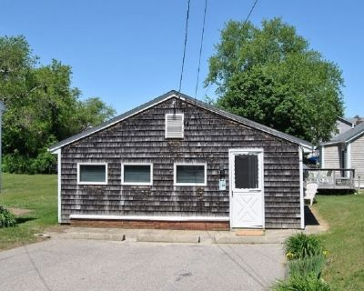 NOW BOOKING 2021: Summer Cottage Rental in Snug Harbor - South Kingstown