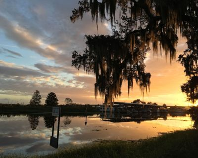 A river retreat caught between Florida's beaches and Orlando's Amusement Parks. - Sanford
