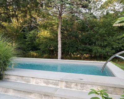 Southampton Home Pool Jacuzzi near Town Coopers Beach sweet retreat - North Sea