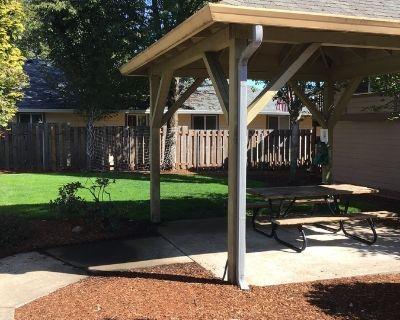 Single-family home Rental - 14201 E Burnside