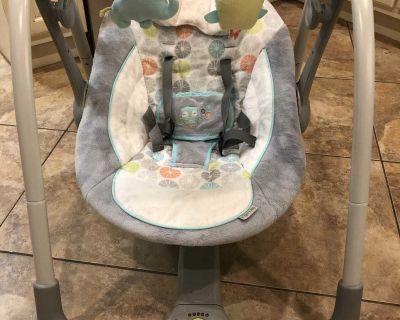 EUC portable baby swing