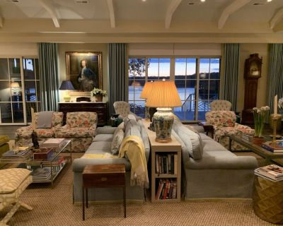 Designer appointed Luxury Waterfront Home - Lancaster County