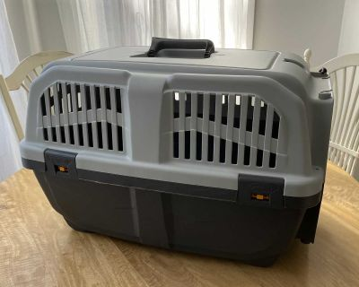 Medium Sized Crate - up to 25 lbs