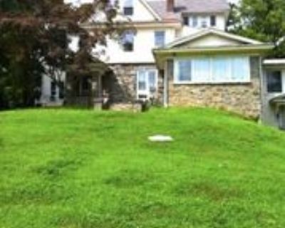 201 Elm Ave #7, Swarthmore, PA 19081 2 Bedroom Apartment
