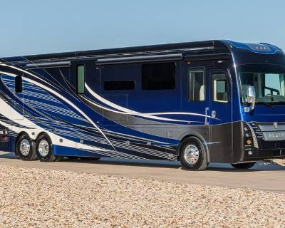 2022 Foretravel Motorcoach Foretravel Realm Presidential Luxury