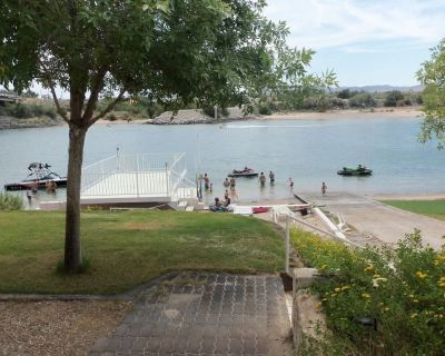 PRIVATE BOAT RAMP**SANDY BEACH **GATED COMMUNITY