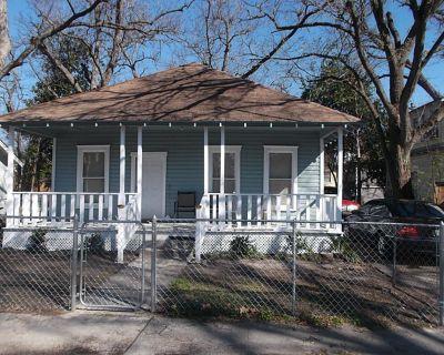 411 E 27th Street Houston Texas 77008