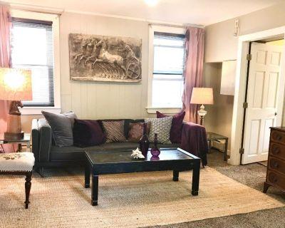 Chic 2-bedroom Student Rental near RPI