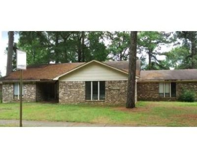 3 Bed 2 Bath Foreclosure Property in Little Rock, AR 72209 - Warren Dr