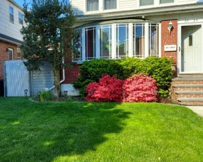 (MIE) Beautiful & Spacious 1 Family Home w/C/O for a 2 Family