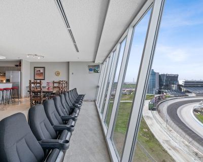 You will this place! The Texas Motor Speedway Condo- NASCAR All-Star Race! - Fort Worth