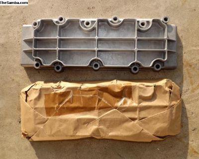 Porsche 930 Factory Lower Valve Covers