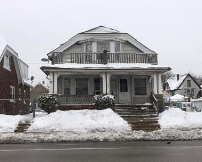 4 Bed 2 Bath Preforeclosure Property in Milwaukee, WI 53216 - N 27th St