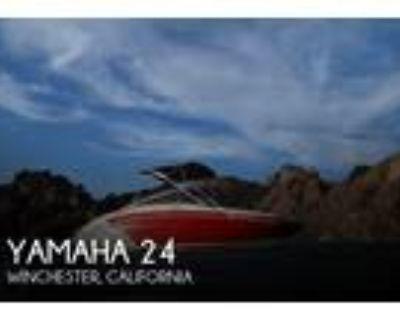 24 foot Yamaha 24