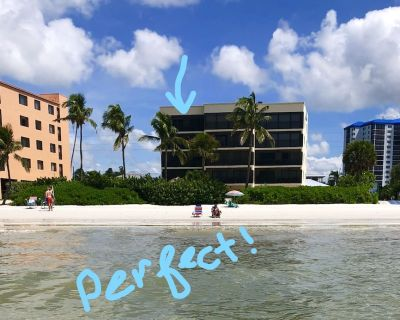 Newly renovated! Beach front condo, fresh new tile floors and bathrooms! - Mid Island