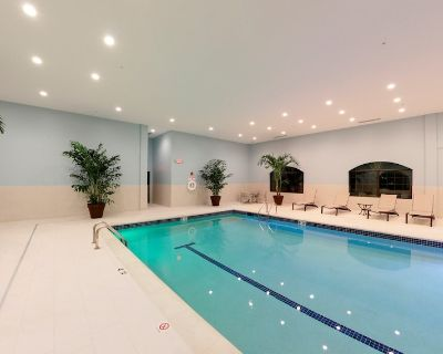 Close to the University of Michigan + In Research Park | 24 Hour Business Center + Indoor Pool - Bryant Pattengill East