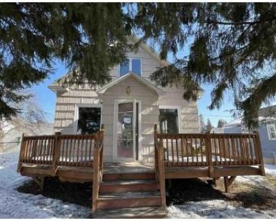 1 Bed 1 Bath Foreclosure Property in Hibbing, MN 55746 - 5th Ave E