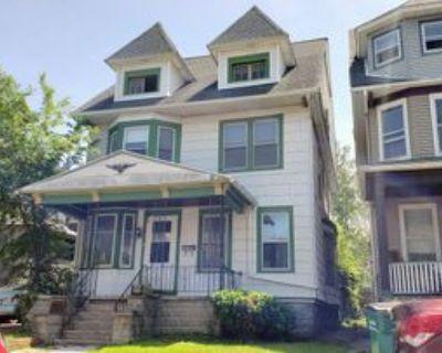 489 Auburn Ave #1, Buffalo, NY 14213 4 Bedroom Apartment