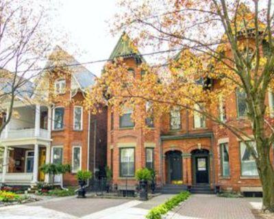 105 Gloucester Street #Basement, Toronto, ON M4Y 1M2 Studio Apartment