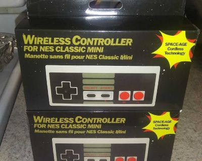 2 MINI NES Wireless controllers. Pick up only Wheatfield.