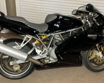 2002 Ducati SUPERSPORT 900