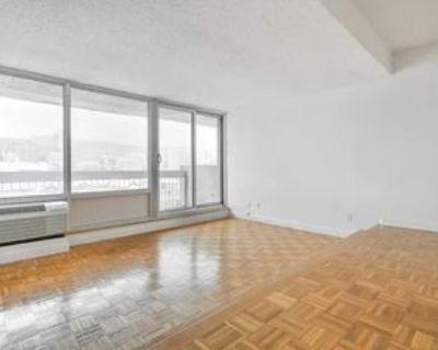 2100 Boul De Maisonneuve O, Montr al, QC H3H 1K6 1 Bedroom Apartment