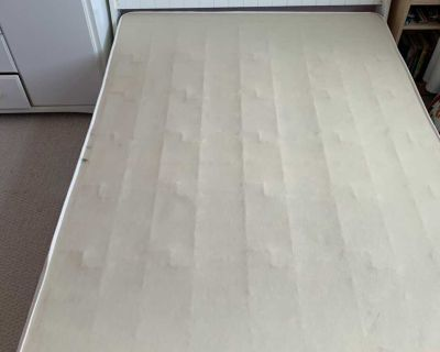 Sleigh bed, dresser and side table bedroom set (includes box spring)