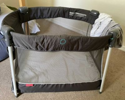 Fisher Price Ultra Lite Portable Play Yard