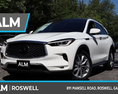 Pre-Owned 2020 INFINITI QX50 ESSENTIAL With Navigation & AWD
