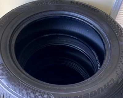 FS $450 - Set of 4 Kumho Crugen HP71 265/60R18 All Season Tires <500 miles 265/60/R18