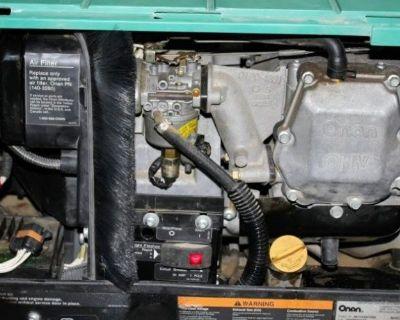 BARELY USED CUMMINS ONAN 4000 GASOLINE RV GENERATOR-120 VOLT