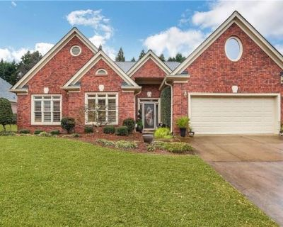 Come Find Your PERFECT PIECE at this BEAUTIFUL Home in Duluth!
